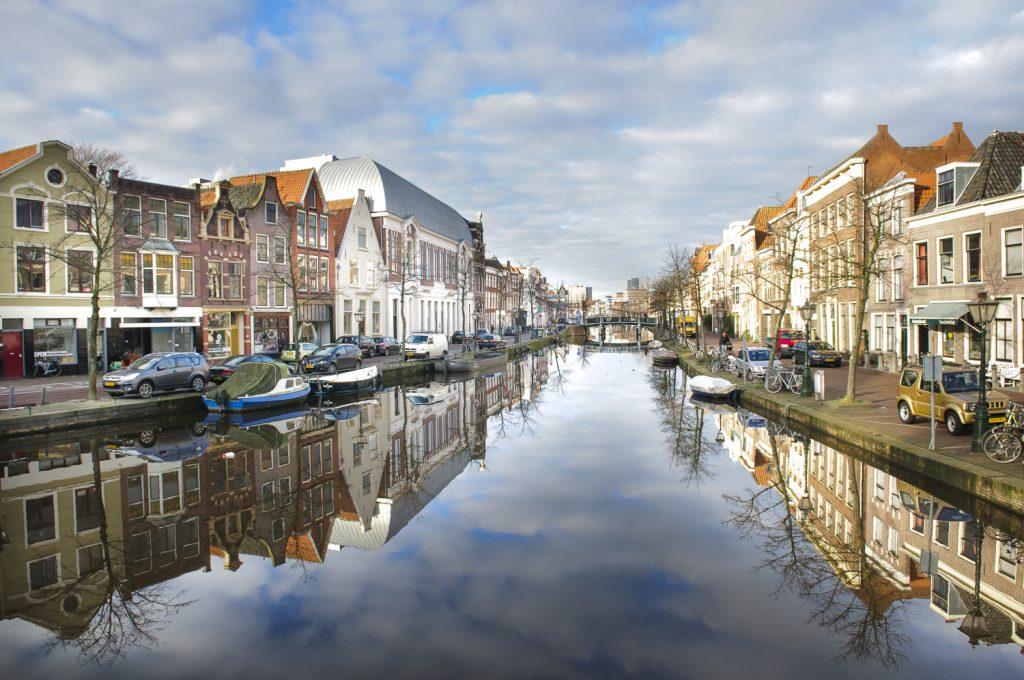 Wij geven rijlessen in en rondom Leiden!